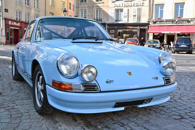 911 (F series) - Porsche