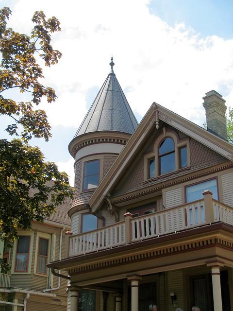Martin L. & Mary Schultz House (1897)