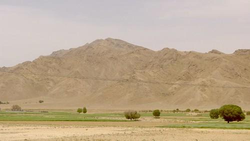 yazd-shiraz-L1030019