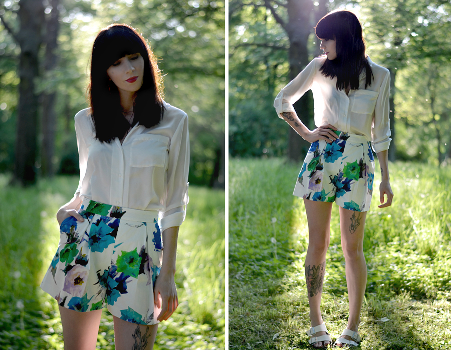 Zara floral shorts white blouse mango birkenstock sandals birks summer sunny lovely photo shoot CATS & DOGS fashion outfit ootd blog Berlin 6