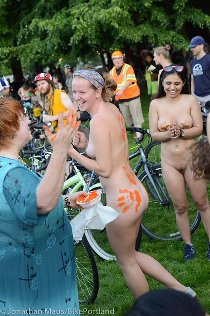 2014 World Naked Bike Ride -24