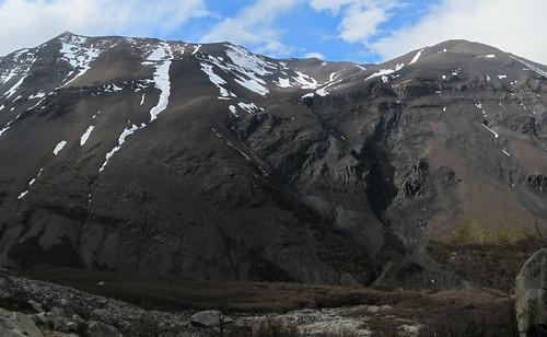 Torres del Paine: trek du W. Jour 1: retour de Las Torres. Quelques mètres plus bas, il y a un grand ciel bleu... Quelles sont vicieuses ces Torres ! ;)