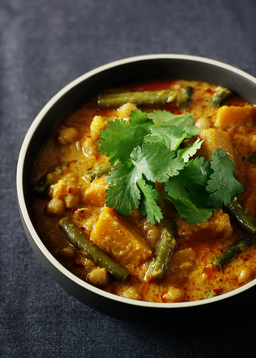 Pumpkin, Chickpea and Lemongrass Curry