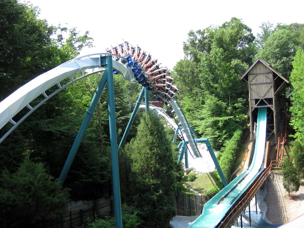 Busch gardens williamsburg tr long roller coasters - Roller coasters at busch gardens ...