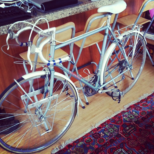Just scored this for my pops. Top-of-the-line vintage rando/sport tourer, Univega Specialissima [Miyata 1000 sister], 1981. Good low-trail geo, DB Tange Champion. About to tear down/rebuild. Dad will be styling shortly.
