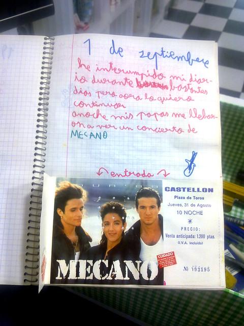 Álvaro va a un concierto de Mecano (1)