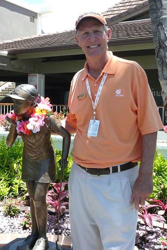 Greg Nichols w/ Statue