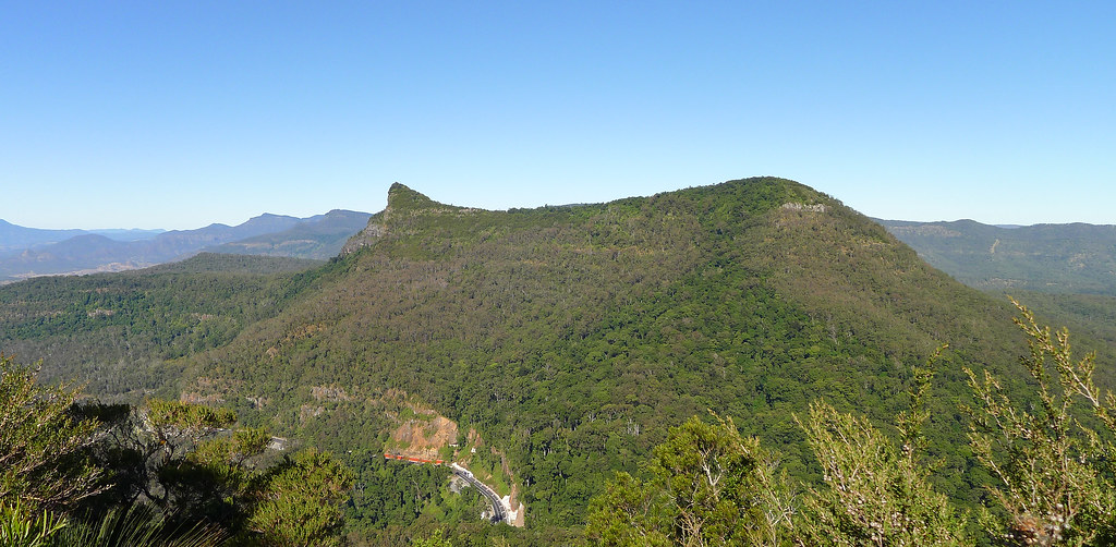 Mt Mitchell and Cunninghams Gap from Mt Cordeaux Lookout