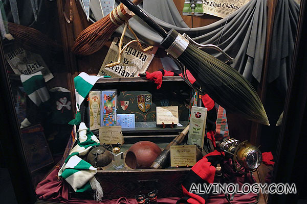 More Quidditch items, including the golden snitch