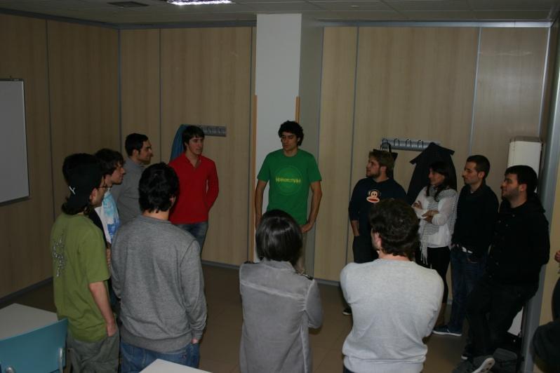 Ruben Egiluz con los alumnos de 3 de grado en informática