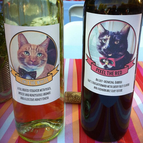 Custom wine labels for the wedding