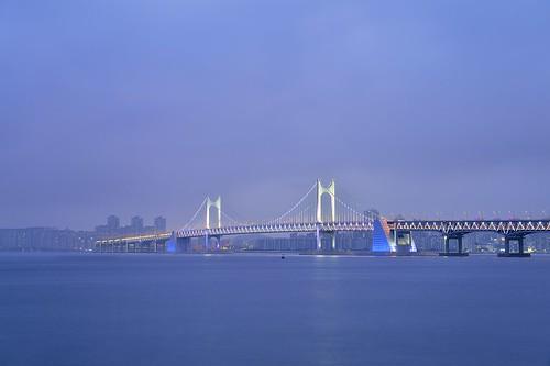 longexposure bridge sunset sea sky reflection beach water night landscape nikon cloudy korea busan nightview nikkor d4 부산 해운대 광안리