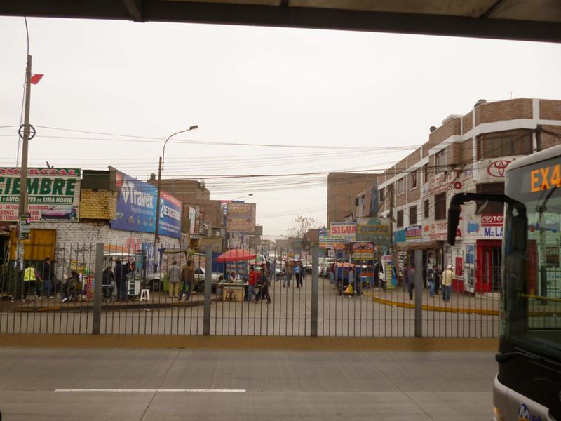 Scene from Lima's street