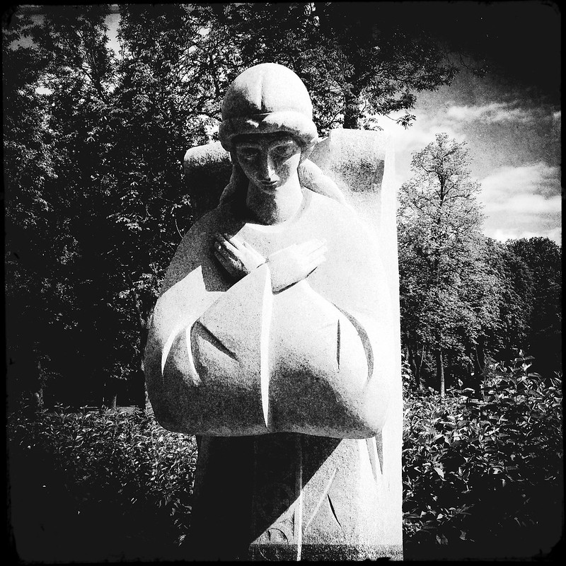 «Ангелы скорби» («Angels of grief»), second