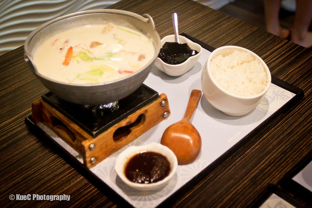 Pearl Castle: Milk seafood hot pot - 牛奶海鮮鍋