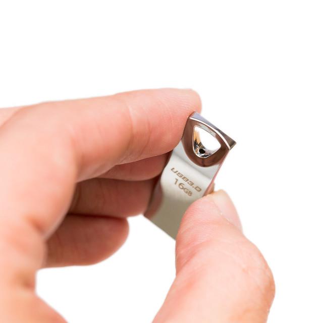 精品感隨身碟 – PQI Tiffany 高速 USB 3.0 隨身碟 @3C 達人廖阿輝