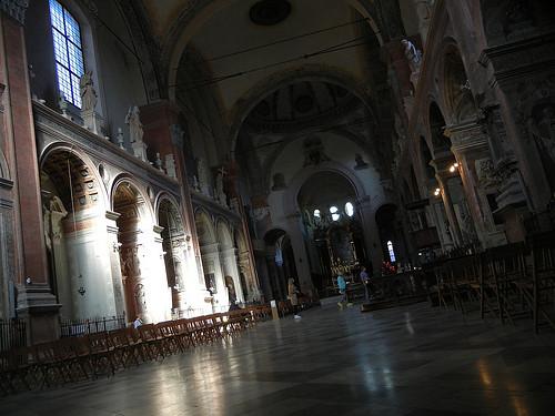 DSCN3445 _ Basilica di San Giacomo Maggiore, Bologna, 16 October