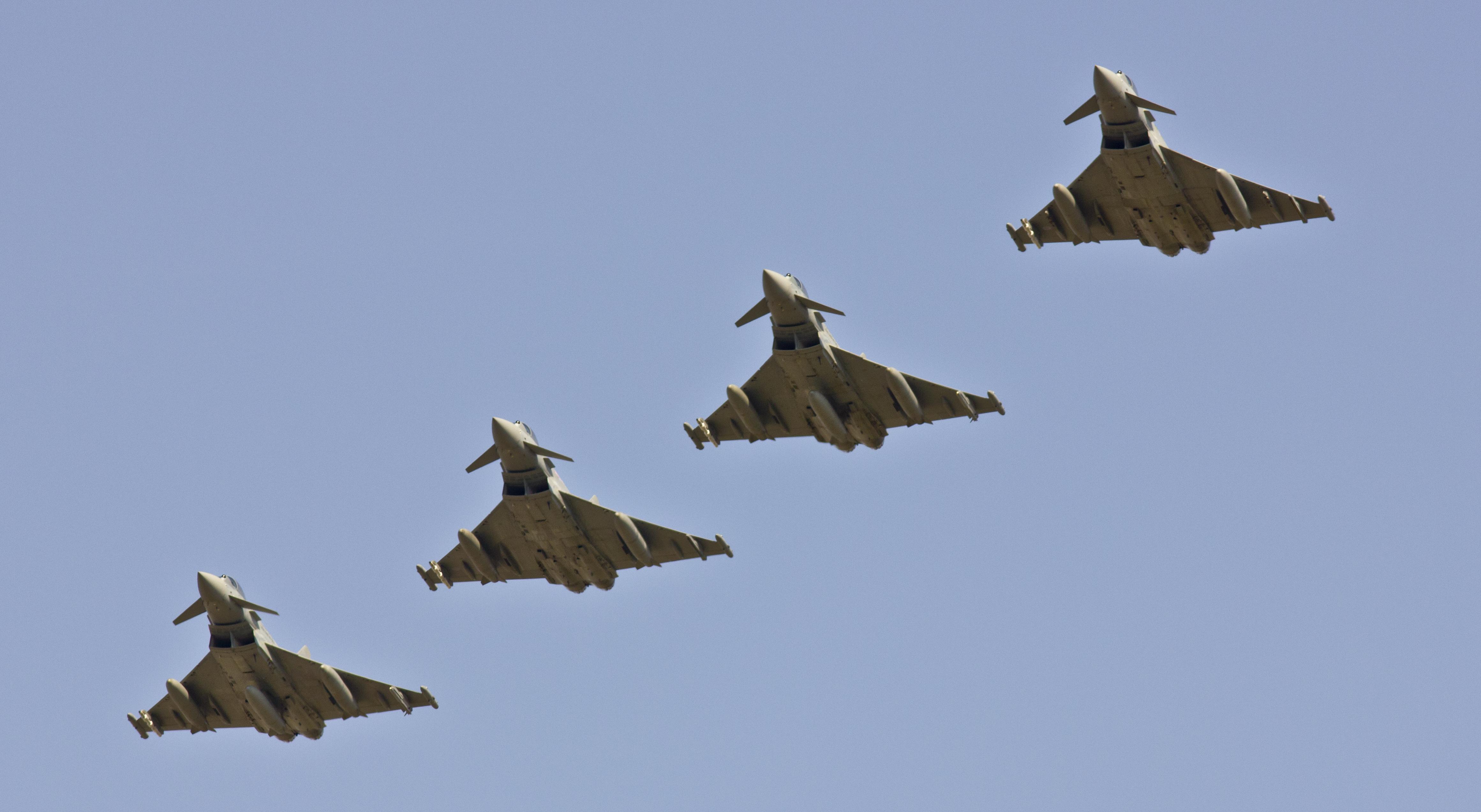 الموسوعه الفوغترافيه لصور القوات الجويه الملكيه السعوديه ( rsaf ) - صفحة 4 9905092604_abfd79d0e7_o