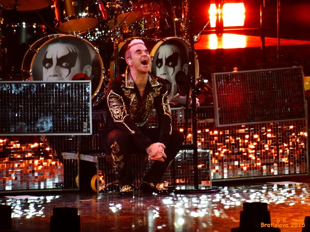 Robbie Williams let me entertain you Tour Braislava 2015 86