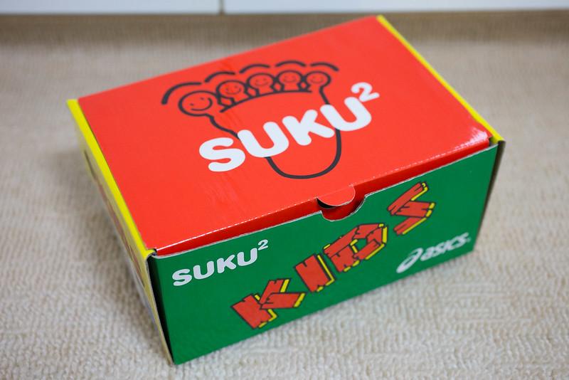 asics_SUKUSUKU-1