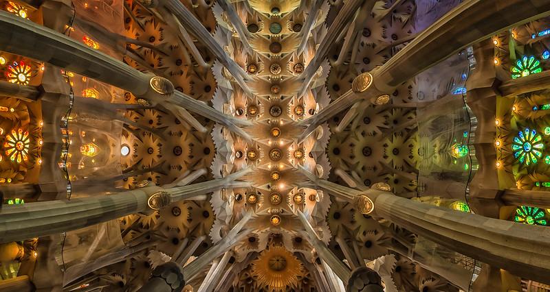 Базилика Святого Семейства. Barcelona - Sagrada Familia