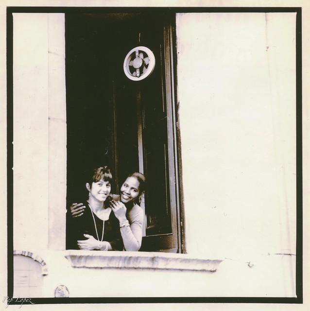 Somriures a la finestra