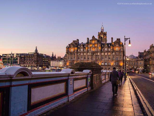 The Streets of Edinburgh, Fujifilm X-E1, XF18-55mmF2.8-4 R LM OIS