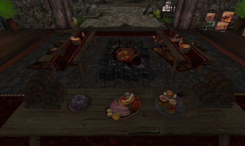 Roavenwood Decor