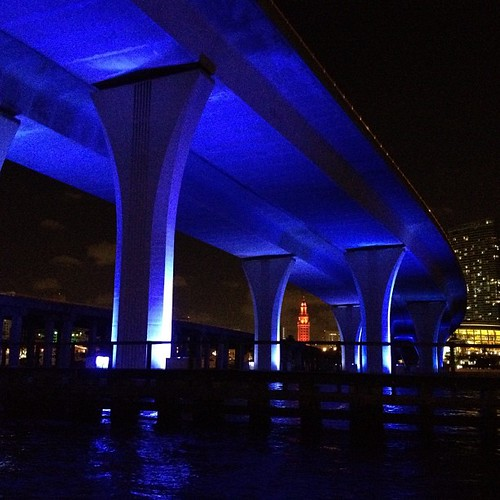 blue square squareformat miamiviews freedomtower miamibridge miamibeachbridge miamiboating iphoneography thefreedomtower miamifun instagramapp uploaded:by=instagram miamiheatarena miamiboatingatnight foursquare:venue=4aac75e0f964a520085e20e3 miamisfreedomtower
