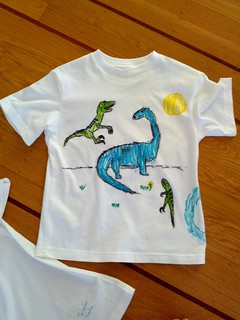 t-shirt commission: dino shirt