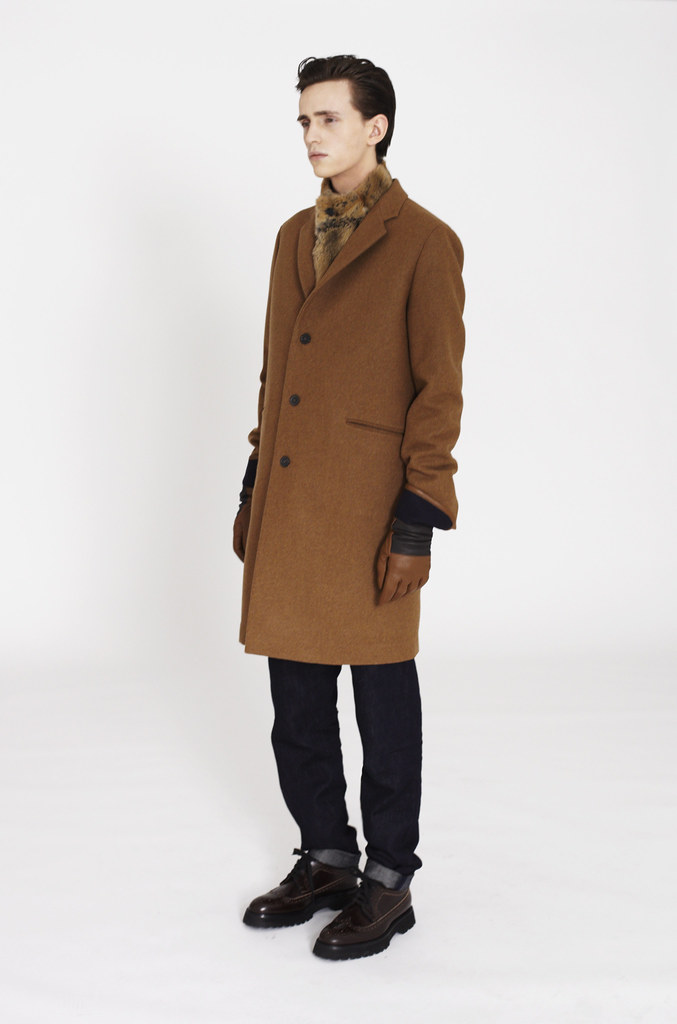 Alex Dunstan0215_Marni F​W12 Lookbook(Fashionisot)
