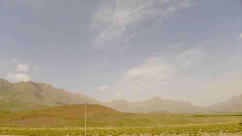 yazd-shiraz-L1020891