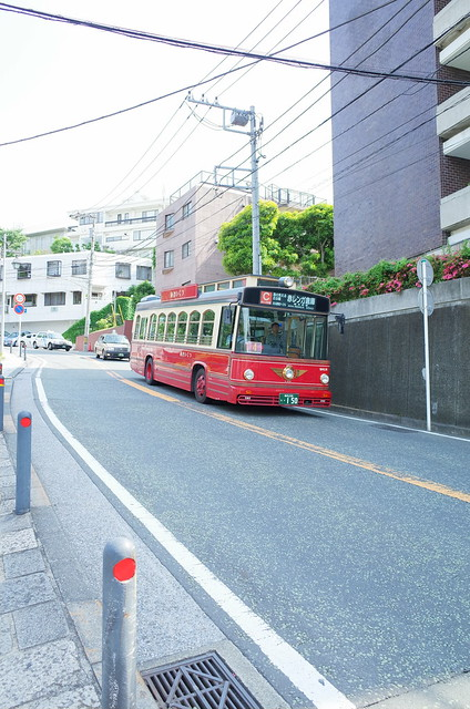 red bus YOKOHAMA