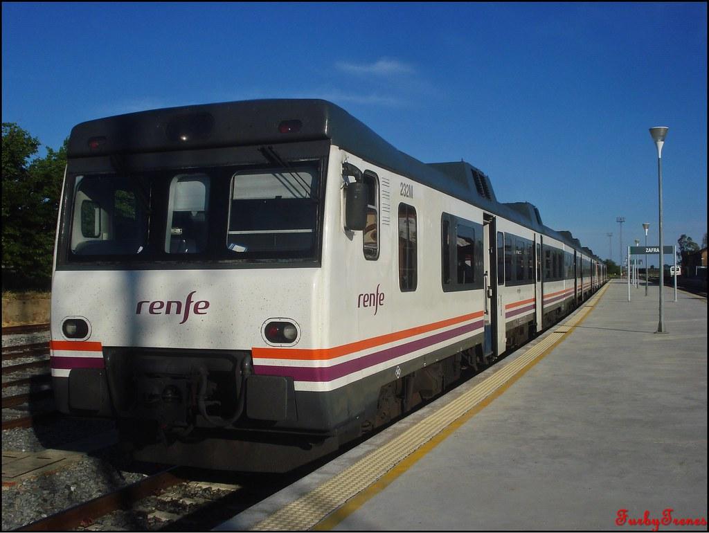 Línea Zafra-Jerez de los Caballeros 8844358402_783e144bbc_b