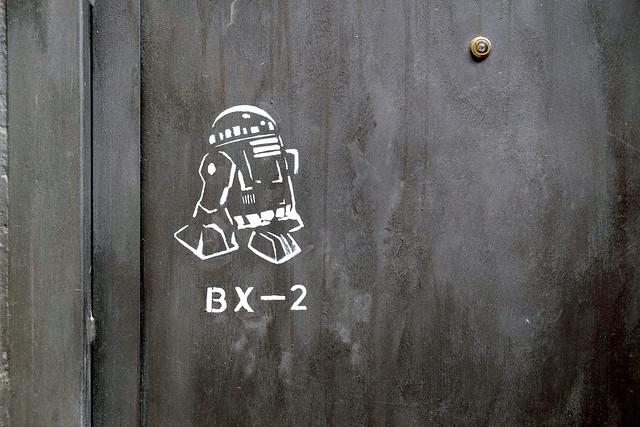 Stencil r2d2 barcelona 2013 flickr photo sharing - Stencil barcelona ...