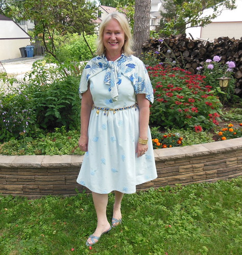 Simplicity 2215 by becky b.'s sew & tell