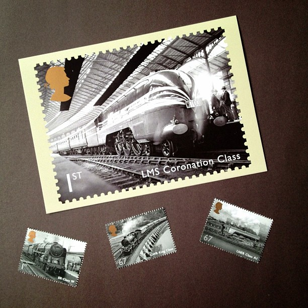 I've finally taken the plunge and joined postcrossing, lets see now if I'll be lucky with it #postcrossing #train #postagestamp #stamp #british #transport #vintage