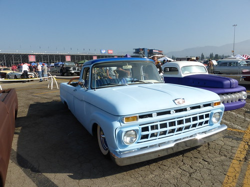 Pomona Classic Car Show Featured Club