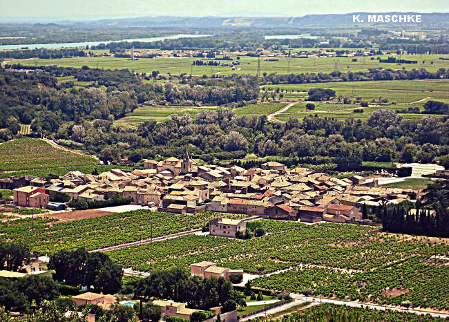 village de Chusclan dans le Gard, lieu du record absolu de chaleur en France continentale le 12 août 2003 météopassion