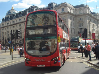 London Sovereign Transdev VH6 on Route 13, Piccadilly Circus