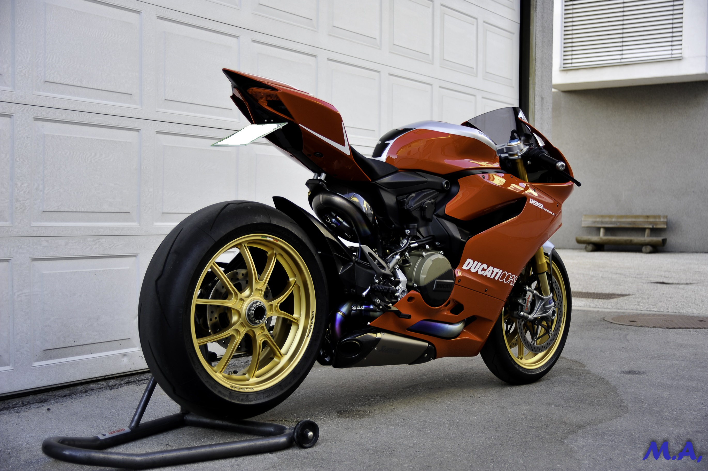 Ducati Panigale Gold Wheels