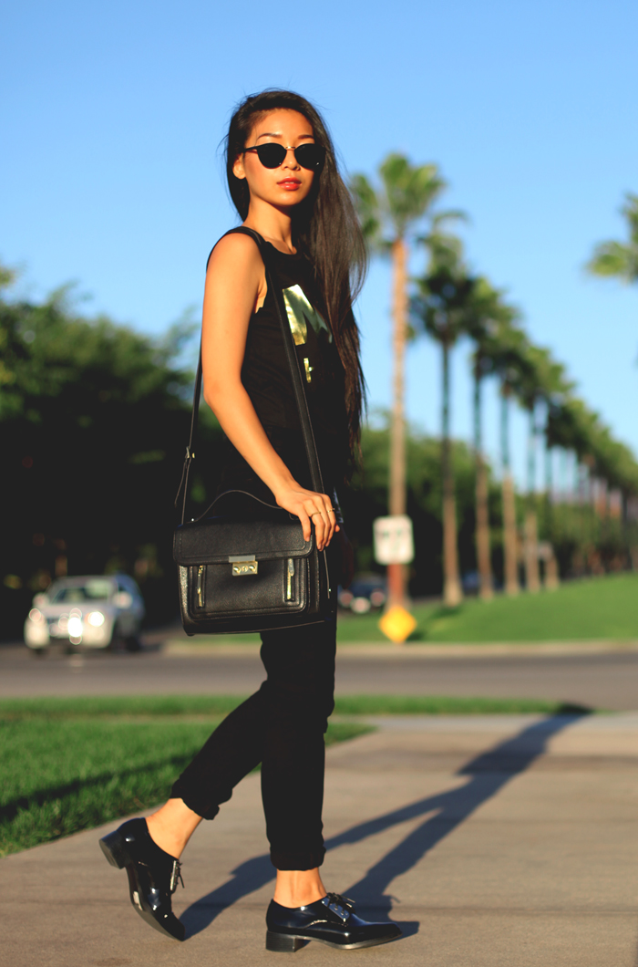 Stephanie Liu of Honey & Silk wearing Penelope's Vintage beanies and sunglasses, Rich and Skinny jeans, Growze shoes, Alex & Chloe top, and Phillip Lim for Target bag. Giving away Penelope's Vintage!