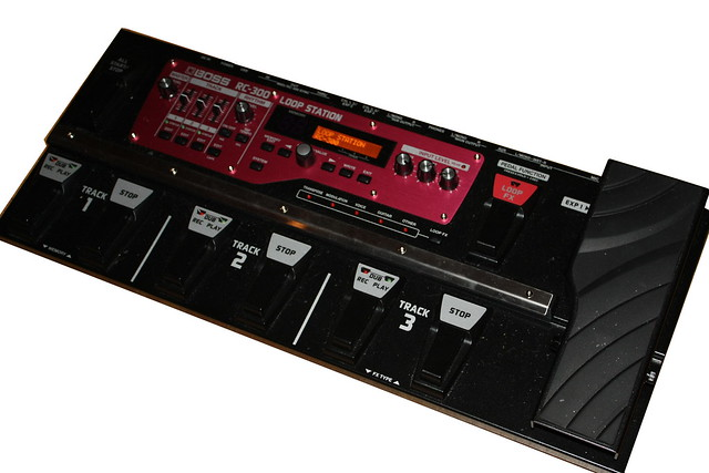 BOSS RC-300