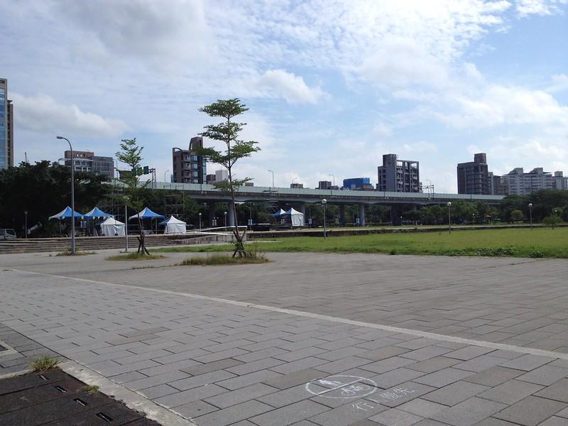 ホテル前の広場 by haruhiko_iyota