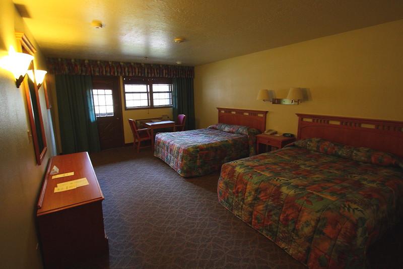IMG_5416 Motel Room, Zion Lodge