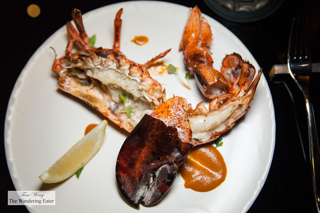 Grilled lobster(supplement NT $800)