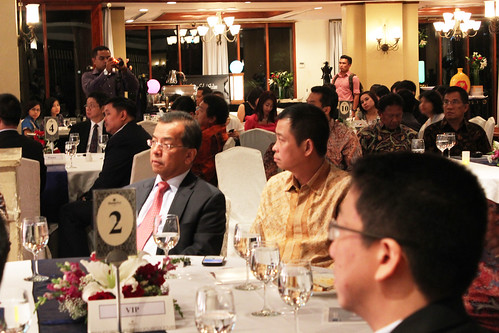 The Best CEO & Indonesia Future Business Leader Award 2013.