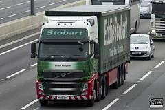 Volvo FH 460 6x2 Tractor - PX10 DHY - Vivien Margaret - Eddie Stobart - M1 J10 Luton - Steven Gray - IMG_0200