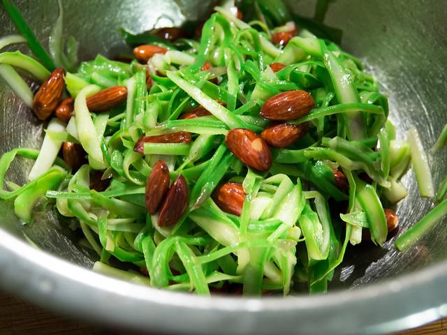 asparagus recipe, asparagus salad recipe, shaved asparagus salad, asparagus with almond recipe