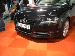 automobile(1.0), automotive exterior(1.0), audi(1.0), sport utility vehicle(1.0), executive car(1.0), wheel(1.0), vehicle(1.0), automotive design(1.0), rim(1.0), audi tt(1.0), bumper(1.0), land vehicle(1.0), luxury vehicle(1.0),